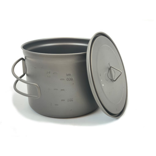 950 ml Titanium Pot with Lid Off